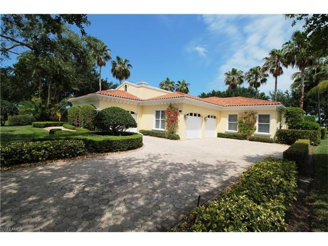 2625 Finchley Ln, Naples, FL 34105 (#217021099) :: Homes and Land Brokers, Inc