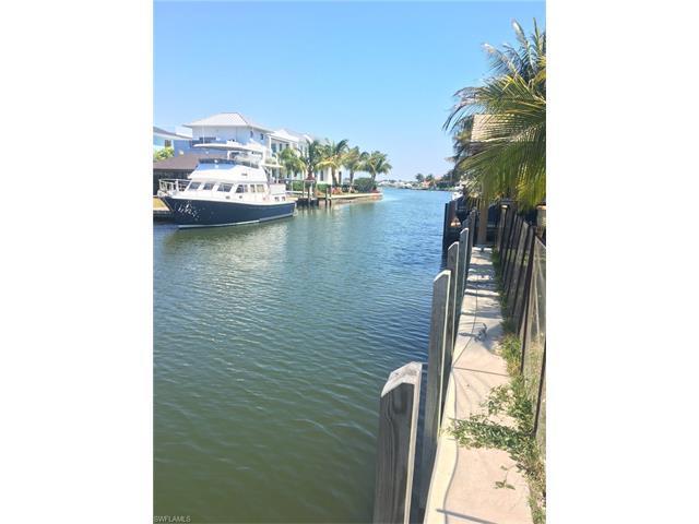 655 16th Ave S, Naples, FL 34102 (#217021660) :: Naples Luxury Real Estate Group, LLC.
