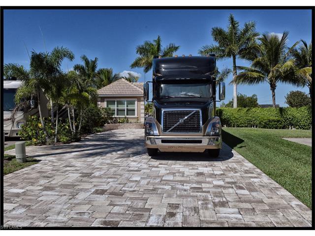 13403 Snook Cir, Naples, FL 34114 (MLS #217022003) :: The New Home Spot, Inc.