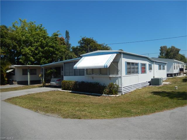 106 Seagrape Ct, Naples, FL 34110 (MLS #217022308) :: The New Home Spot, Inc.