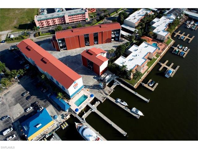 750 River Point Dr A3-8, Naples, FL 34102 (#217023845) :: Homes and Land Brokers, Inc