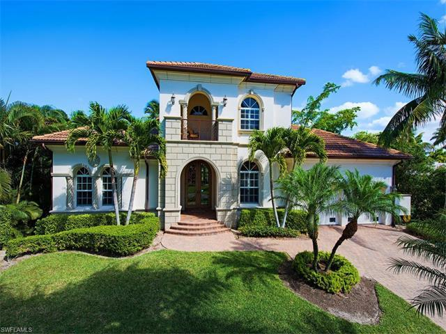 2080 Sheepshead Dr, Naples, FL 34102 (MLS #217027541) :: The New Home Spot, Inc.