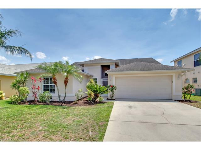 17881 Bermuda Dunes Dr, Fort Myers, FL 33967 (MLS #217028009) :: The New Home Spot, Inc.