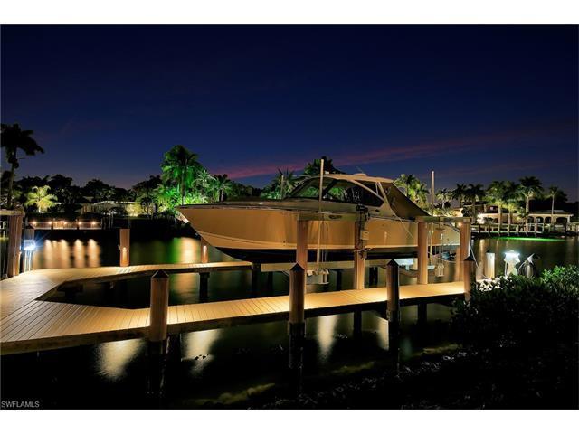 1203 Spyglass Ln, Naples, FL 34102 (#217028182) :: Naples Luxury Real Estate Group, LLC.