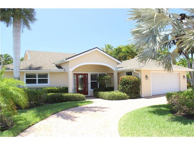 18148 Cutlass Dr, Fort Myers Beach, FL 33931 (#217028704) :: Homes and Land Brokers, Inc