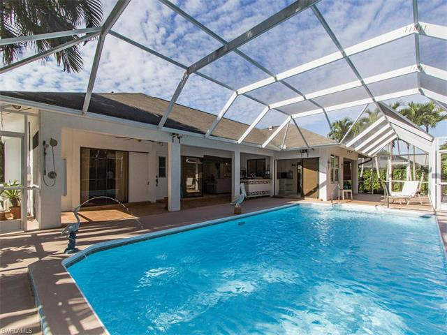 146 Westwood Dr, Naples, FL 34110 (MLS #217029024) :: The New Home Spot, Inc.