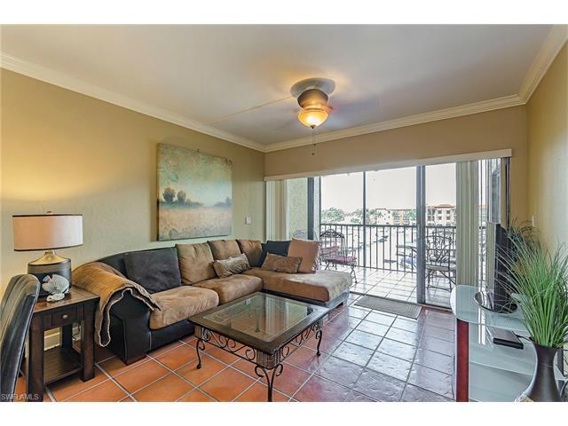 801 River Point Dr A-205, Naples, FL 34102 (MLS #217029739) :: The New Home Spot, Inc.