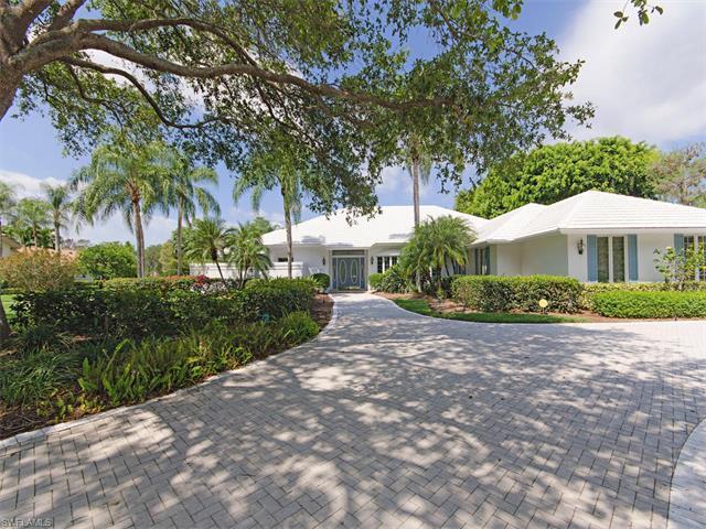 13087 Bald Cypress Ln, Naples, FL 34119 (#217030120) :: Homes and Land Brokers, Inc
