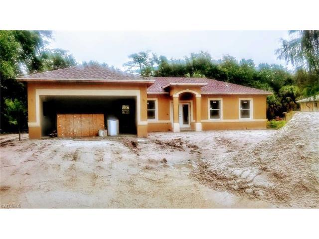 185 22nd St NE, Naples, FL 34120 (MLS #217031091) :: The New Home Spot, Inc.