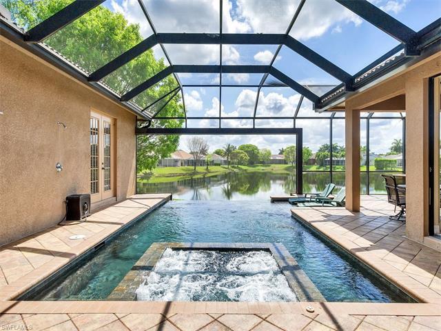1266 Briarwood Ct, Naples, FL 34104 (#217031960) :: Homes and Land Brokers, Inc