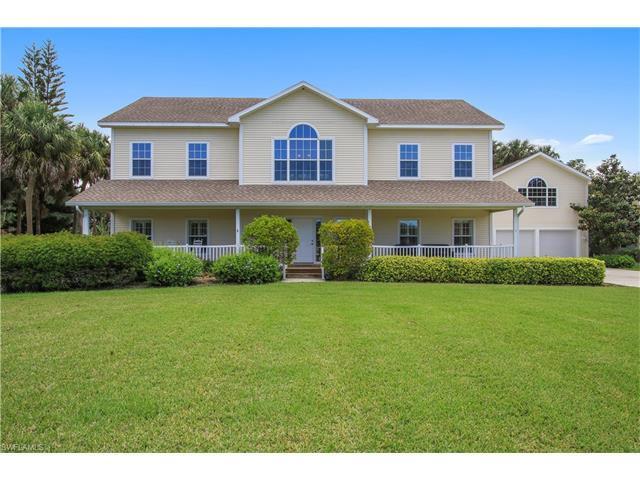 20661 Tanglewood Ln, Estero, FL 33928 (MLS #217032511) :: The New Home Spot, Inc.