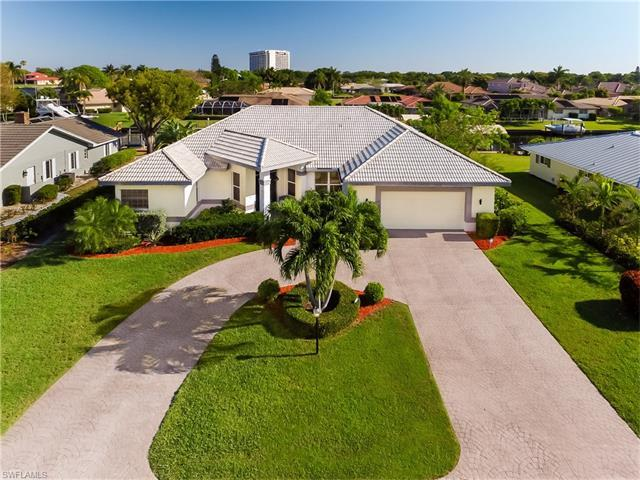 9850 Cypress Lake Dr, Fort Myers, FL 33919 (MLS #217032607) :: The New Home Spot, Inc.