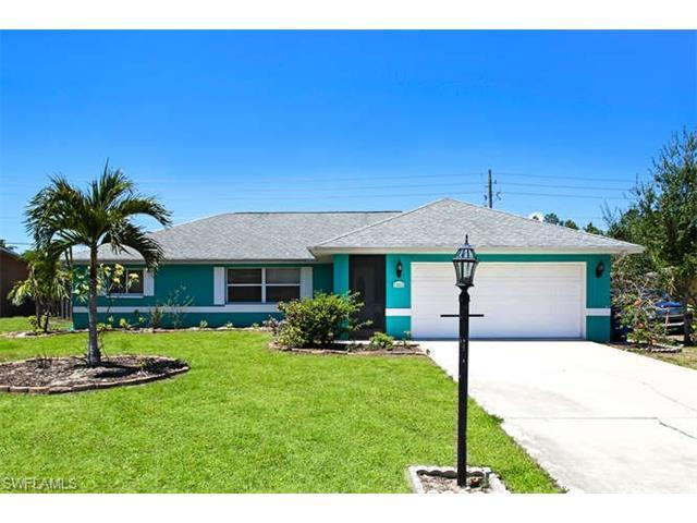11811 Amanda Ln, Bonita Springs, FL 34135 (MLS #217033080) :: The New Home Spot, Inc.