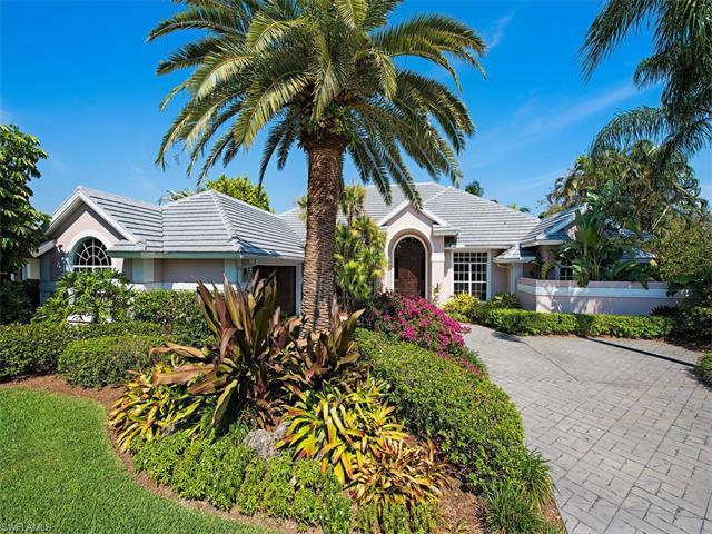 15298 Pembroke Pt, Naples, FL 34110 (#217034286) :: Homes and Land Brokers, Inc
