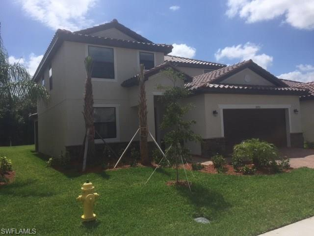 10933 Cherry Laurel Dr, Fort Myers, FL 33912 (MLS #217035484) :: The New Home Spot, Inc.