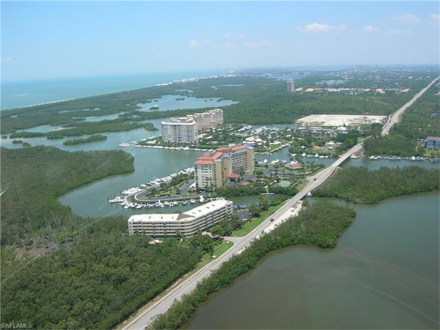 13105 Vanderbilt Dr W #702, Naples, FL 34110 (#217036414) :: Homes and Land Brokers, Inc