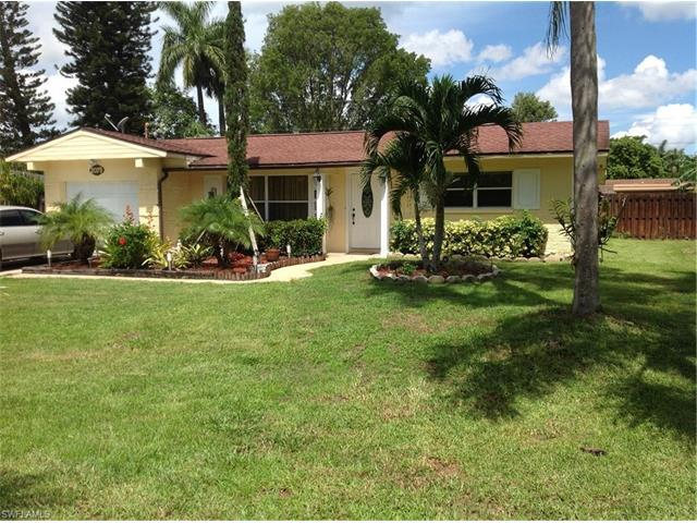 2079 44th St SW, Naples, FL 34116 (#217037225) :: Homes and Land Brokers, Inc