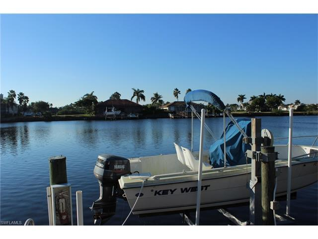 290 Stella Maris Dr S, Naples, FL 34114 (#217037272) :: Homes and Land Brokers, Inc
