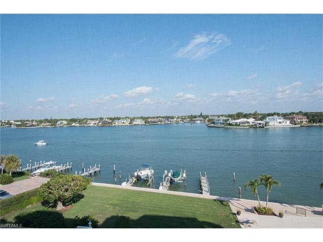 3430 Gulf Shore Blvd N 5B, Naples, FL 34103 (#217037554) :: Naples Luxury Real Estate Group, LLC.