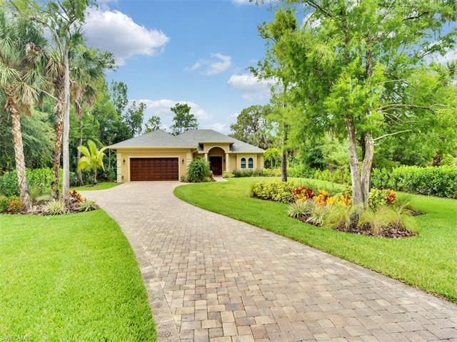 6150 Lancewood Way, Naples, FL 34116 (MLS #217037575) :: The New Home Spot, Inc.