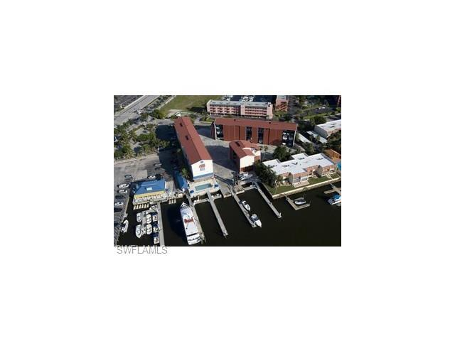 750 River Point Dr A1-17, Naples, FL 34102 (#217038088) :: Homes and Land Brokers, Inc