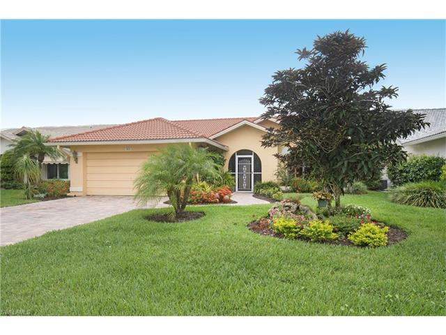 385 Fox Den Cir, Naples, FL 34104 (#217038161) :: Homes and Land Brokers, Inc