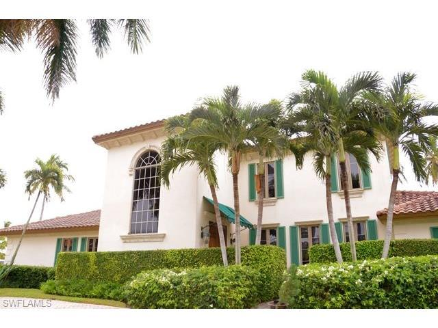 260 Champney Bay Ct, Naples, FL 34102 (#217038669) :: Naples Luxury Real Estate Group, LLC.