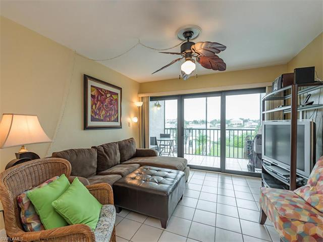 260 Southbay Dr #206, Naples, FL 34108 (#217038837) :: Naples Luxury Real Estate Group, LLC.