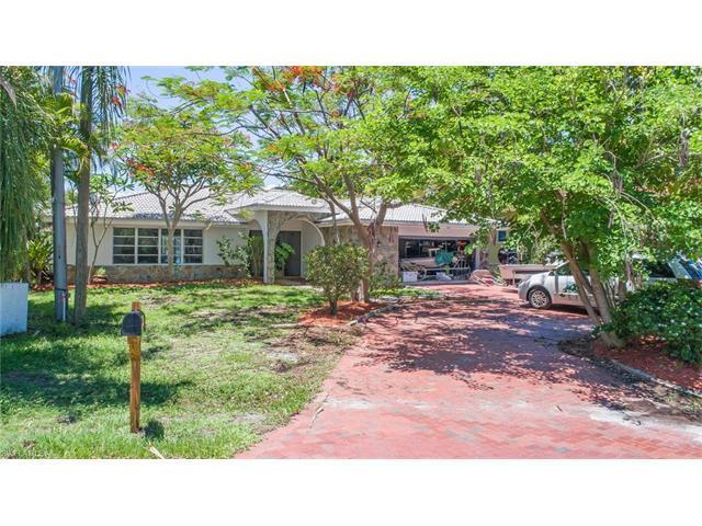 263 6th St, Bonita Springs, FL 34134 (MLS #217038912) :: The New Home Spot, Inc.
