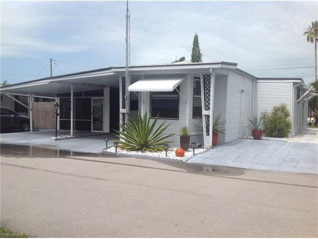 2121 Jacaranda Ct, Naples, FL 34110 (MLS #217038971) :: The New Home Spot, Inc.