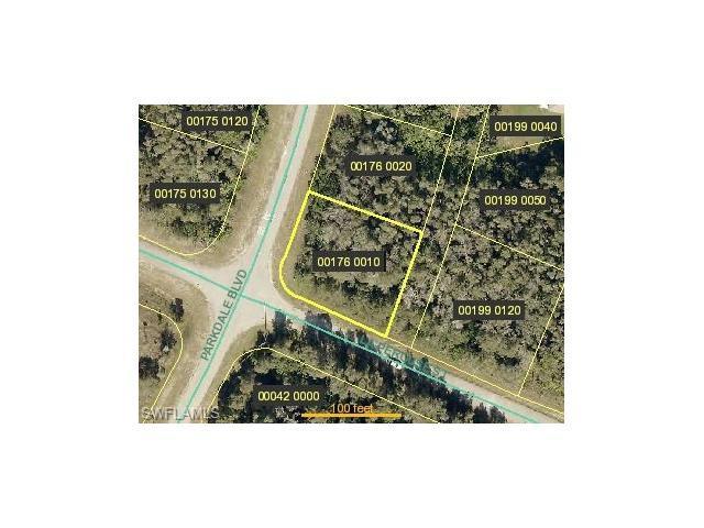318 Parkdale Blvd, Lehigh Acres, FL 33974 (MLS #217039031) :: The New Home Spot, Inc.