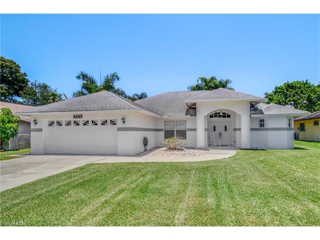4457 Rosea Ct, Naples, FL 34104 (#217039069) :: Homes and Land Brokers, Inc