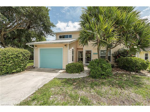22520 Buccaneer Lagoon St, Fort Myers Beach, FL 33931 (MLS #217039087) :: The New Home Spot, Inc.