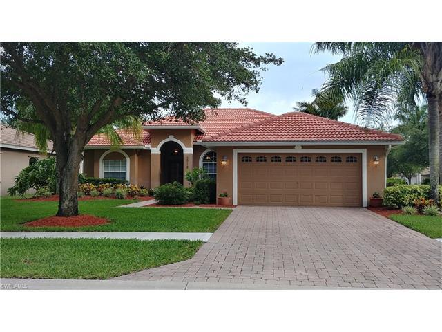 2918 Inlet Cove Ln E, Naples, FL 34120 (MLS #217039099) :: The New Home Spot, Inc.