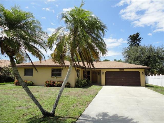 4822 Regal Dr, Bonita Springs, FL 34134 (MLS #217039222) :: The New Home Spot, Inc.