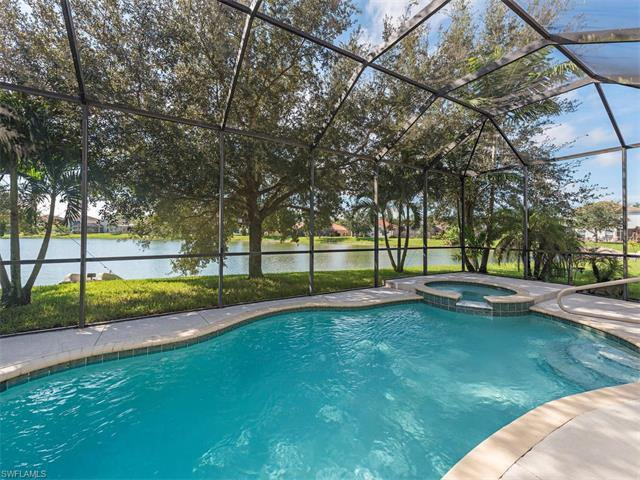 2824 Amberwood Ln, Naples, FL 34120 (MLS #217039240) :: The New Home Spot, Inc.