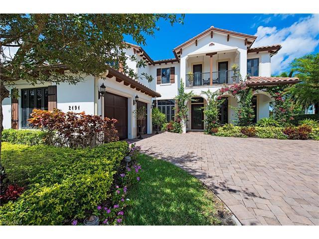 2191 Residence Cir, Naples, FL 34105 (#217039514) :: Naples Luxury Real Estate Group, LLC.