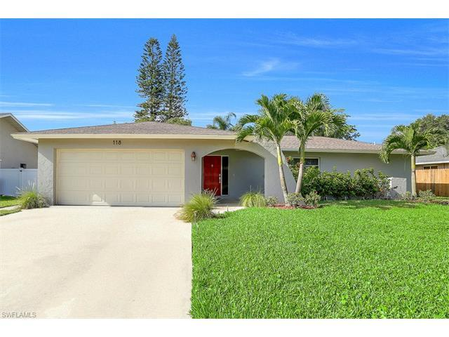 118 Willowick Dr, Naples, FL 34110 (MLS #217039603) :: The New Home Spot, Inc.