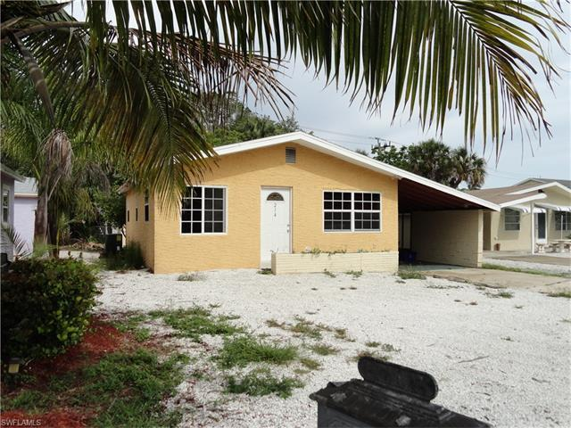 214 Fairweather Ln, Fort Myers Beach, FL 33931 (MLS #217039694) :: RE/MAX Realty Group
