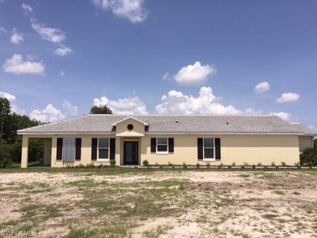 2605 Malaita Ct, Cape Coral, FL 33991 (MLS #217039697) :: The New Home Spot, Inc.