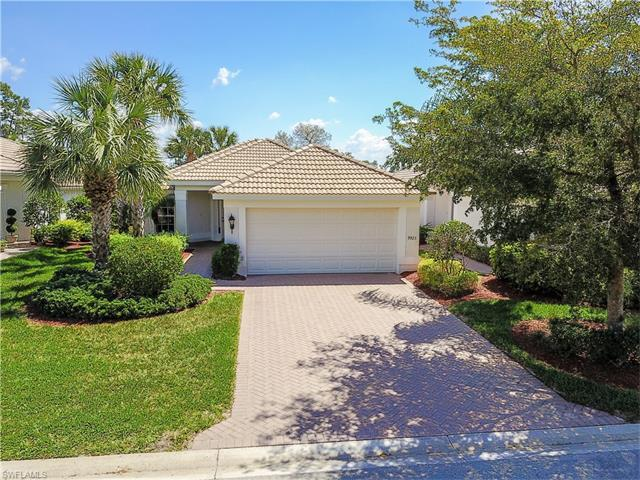 9923 Horse Creek Rd, Fort Myers, FL 33913 (MLS #217039749) :: The New Home Spot, Inc.