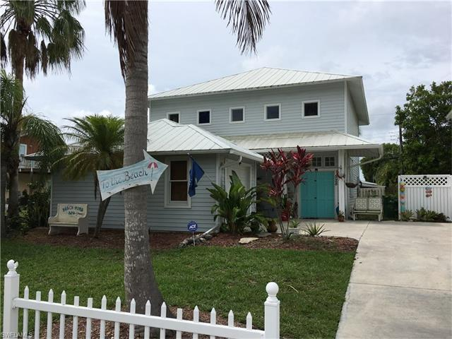 528 111th Ave N, Naples, FL 34108 (MLS #217039795) :: The New Home Spot, Inc.