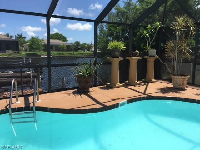 2508 SW 37th Ter, Cape Coral, FL 33914 (MLS #217040035) :: The New Home Spot, Inc.