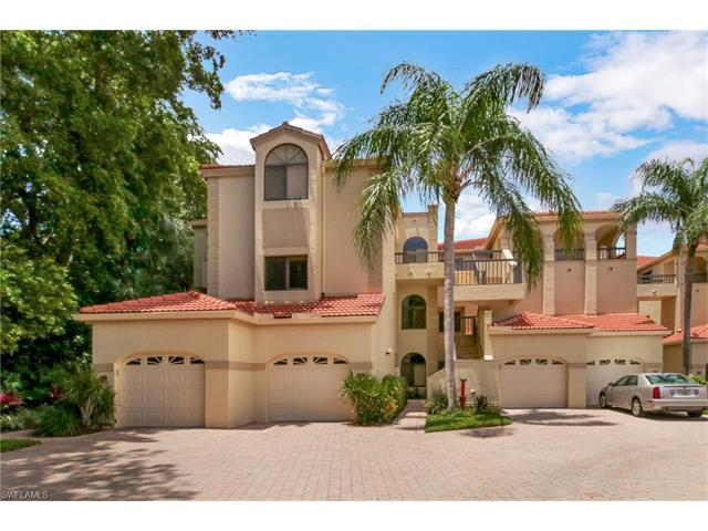 7048 Pelican Bay Boulevard, Naples, FL 34108 (#217040549) :: Naples Luxury Real Estate Group, LLC.