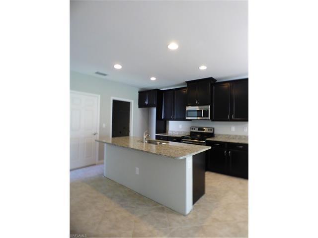 4194 Dutchess Park Rd, Fort Myers, FL 33916 (MLS #217040899) :: The New Home Spot, Inc.