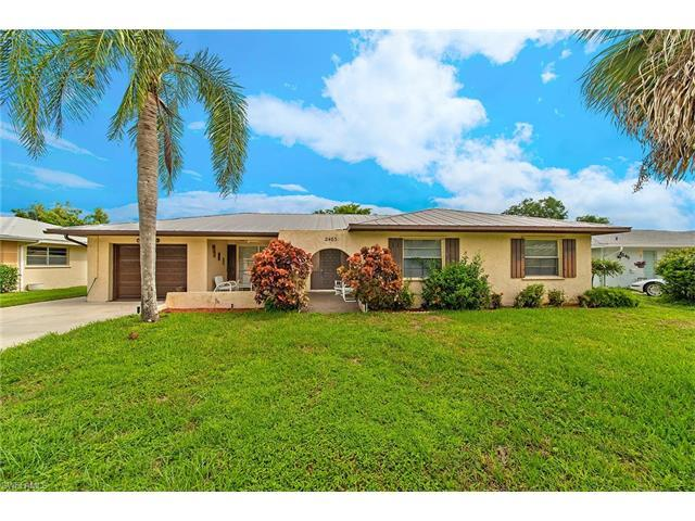 2483 Poinciana Dr, Naples, FL 34105 (#217041044) :: Homes and Land Brokers, Inc