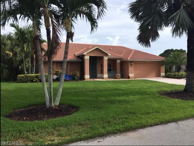 9914 El Greco Cir, Bonita Springs, FL 34135 (MLS #217041283) :: RE/MAX Realty Group