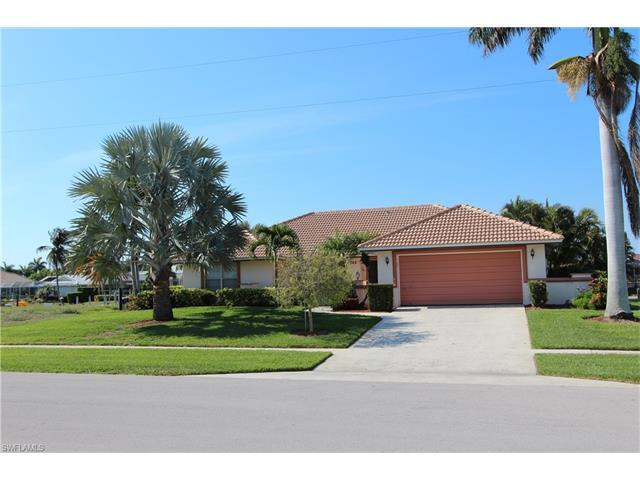 1268 Balboa Ct, Marco Island, FL 34145 (MLS #217041331) :: The New Home Spot, Inc.