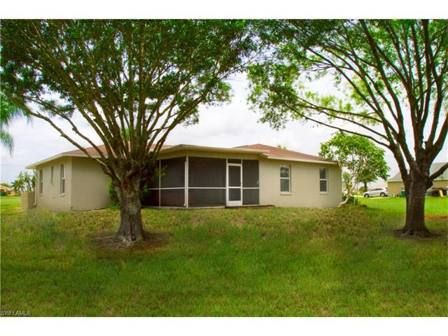 321 NW 17th Pl, Cape Coral, FL 33993 (MLS #217041572) :: RE/MAX Realty Group