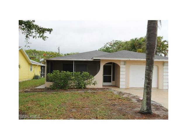 787 98th Ave N, Naples, FL 34108 (MLS #217041595) :: The New Home Spot, Inc.